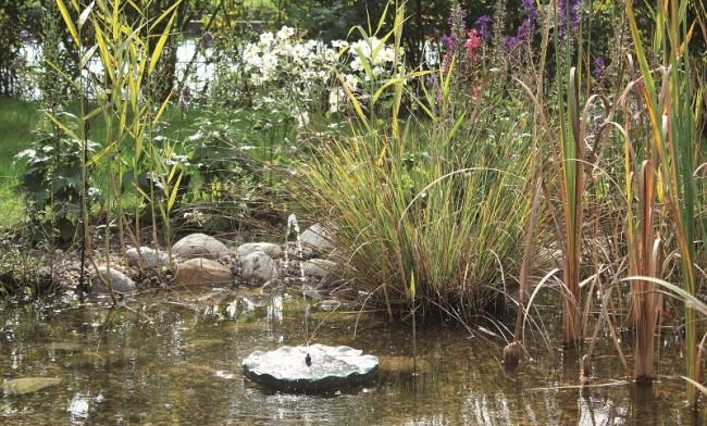 pondosolar lily island solarwasserspiel set pontec. Black Bedroom Furniture Sets. Home Design Ideas